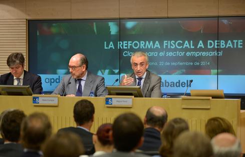 Ferre destaca que los contribuyentes dispondrán en enero de 9.000 millones más con la reforma fiscal