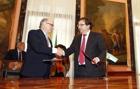 El Gobierno entregará a Extremadura 120 millones durante 2016-2018 a cuenta de la deuda histórica