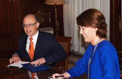 Acuerdo para adaptar los nuevos tributos estatales en la Comunidad Foral de Navarra y reducir la conflictividad entre ambas...