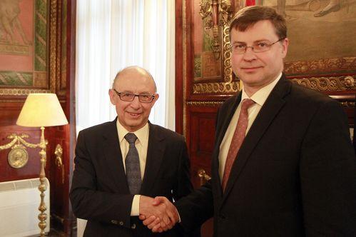 El Ministro de Hacienda y Administraciones Públicas recibe al Vicepresidente de la CE para el Euro y el Diálogo Social