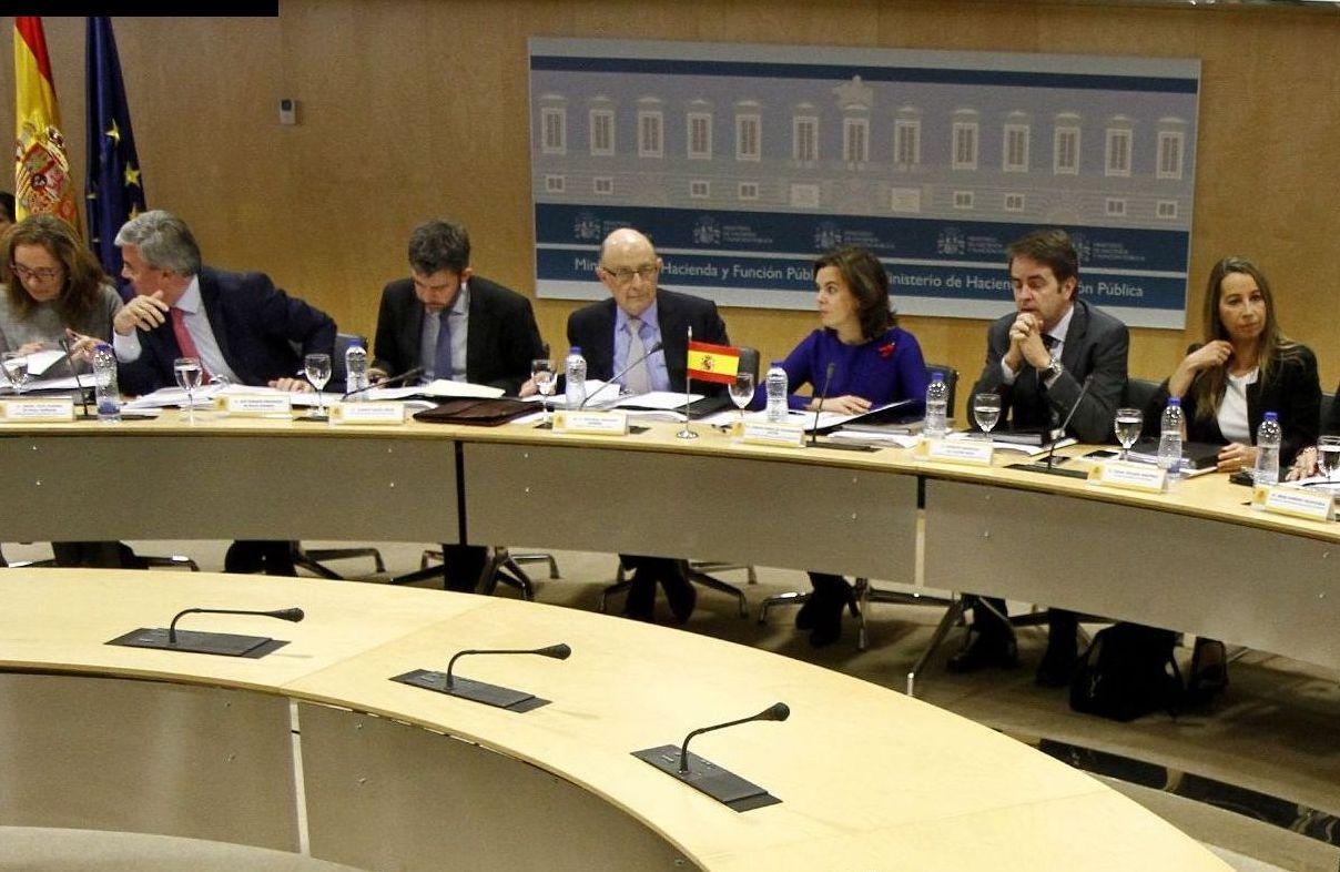 El CPFF aprueba los nuevos objetivos de déficit y deuda de las CCAA para 2016 y la nueva senda para el periodo 2017-2019