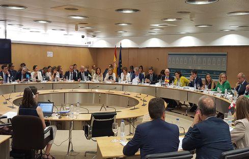 El Consejo de Política Fiscal y Financiera aprueba los objetivos de déficit y deuda de las CCAA para el periodo 2018-2020